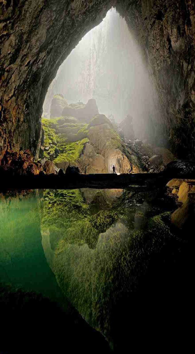 Breathtaking-Caves-1