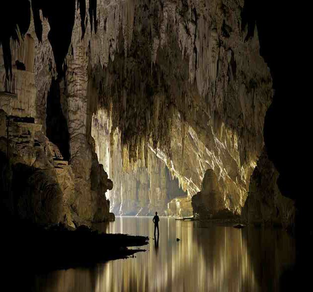 Breathtaking-Caves-18