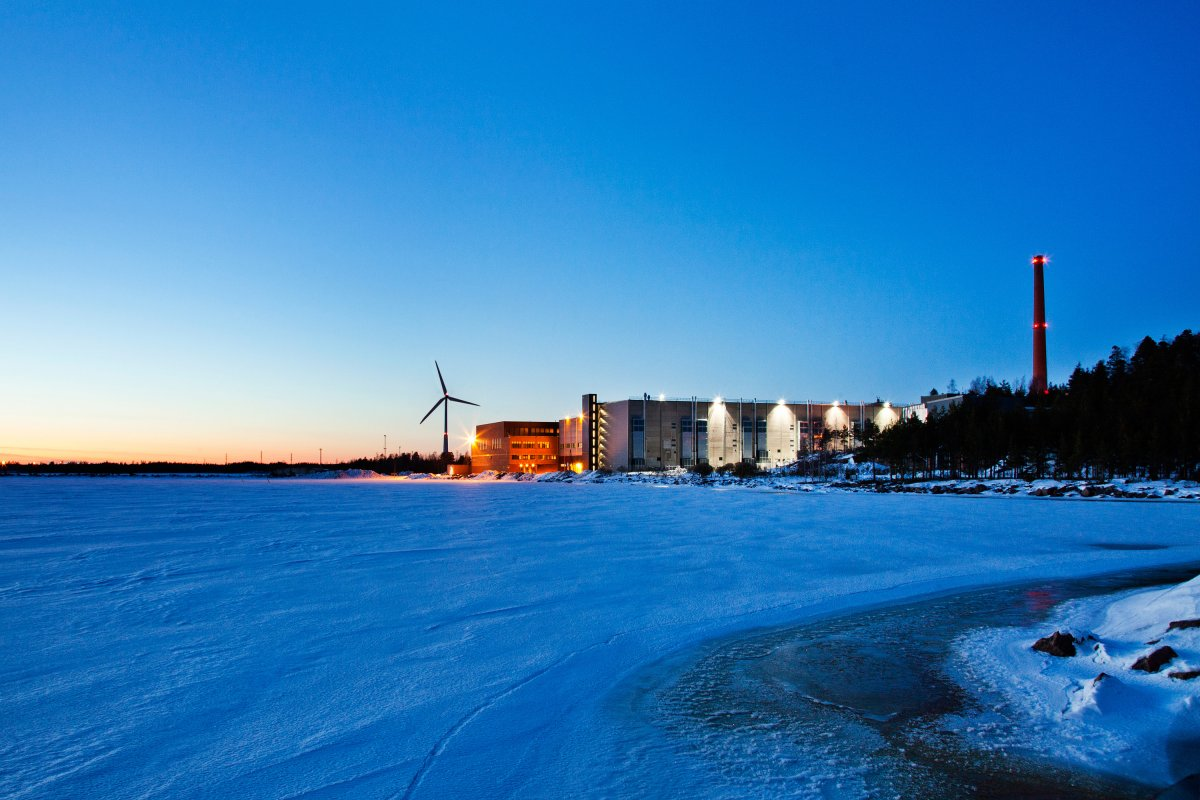 google-has-data-centers-in-14-different-locations-including-the-netherlands-singapore-and-chile-this-is-the-one-in-finland